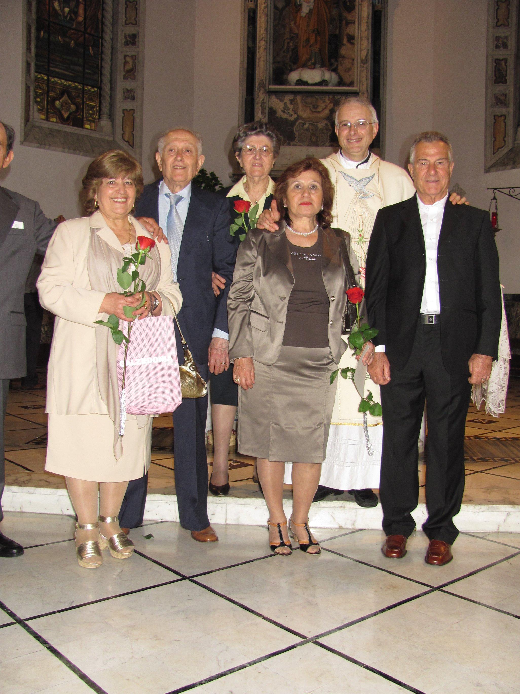 anniversari_di_matrimonio_e_di_ordinazione_2012-06-03-11-22-00
