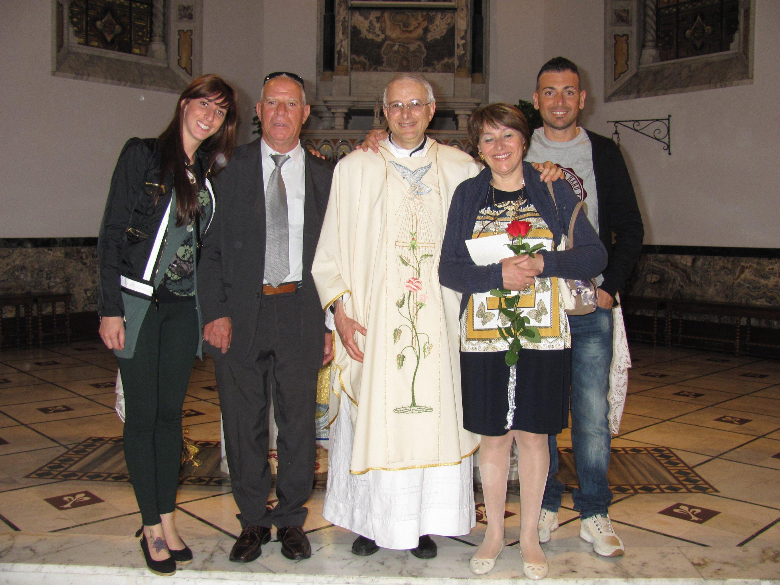 anniversari_di_matrimonio_e_di_ordinazione_2012-06-03-11-32-19
