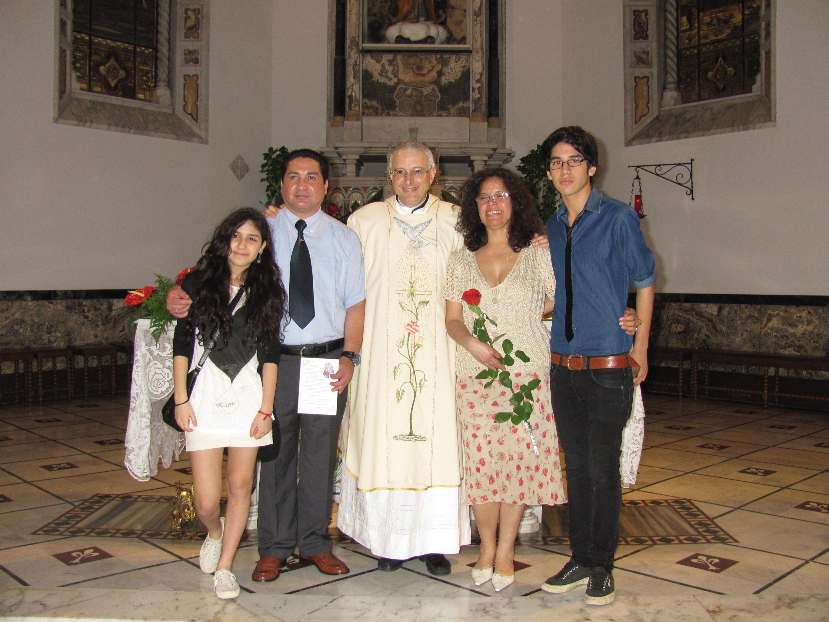 anniversari_di_matrimonio_e_di_ordinazione_2012-06-03-11-33-36