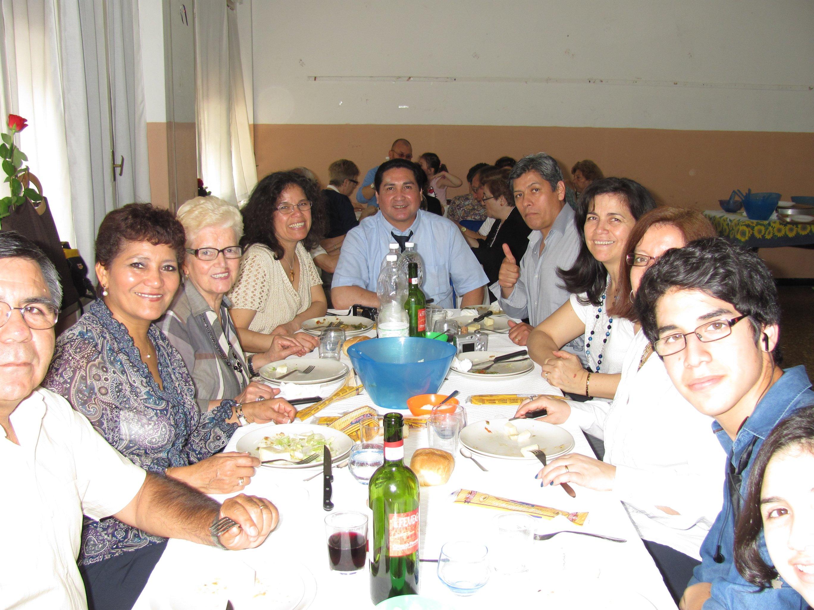anniversari_di_matrimonio_e_di_ordinazione_2012-06-03-13-10-20