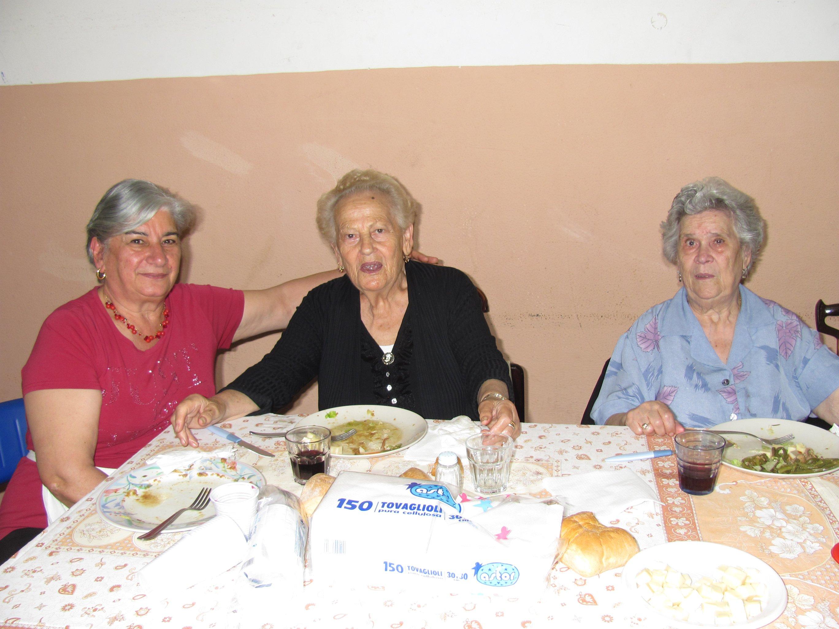 anniversari_di_matrimonio_e_di_ordinazione_2012-06-03-13-14-43