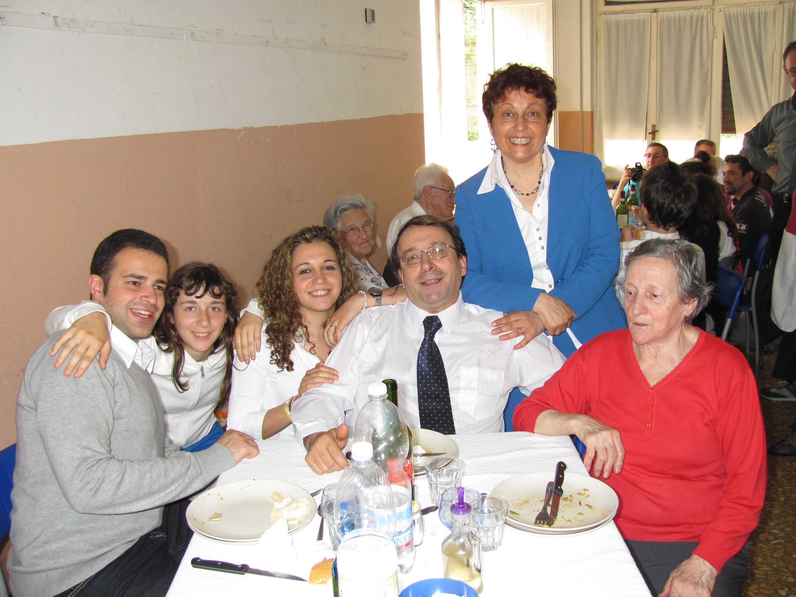 anniversari_di_matrimonio_e_di_ordinazione_2012-06-03-13-15-49