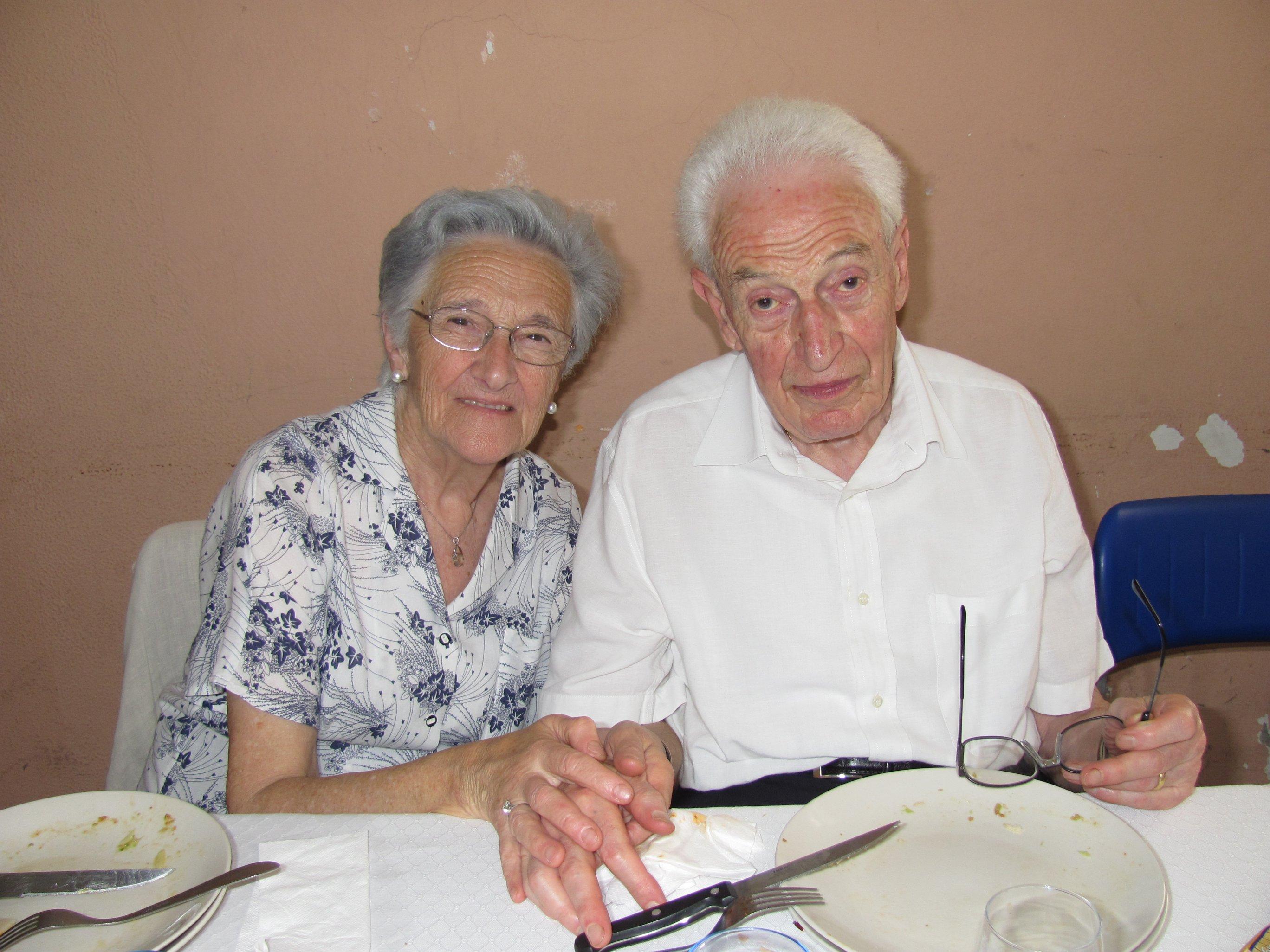 anniversari_di_matrimonio_e_di_ordinazione_2012-06-03-13-19-45