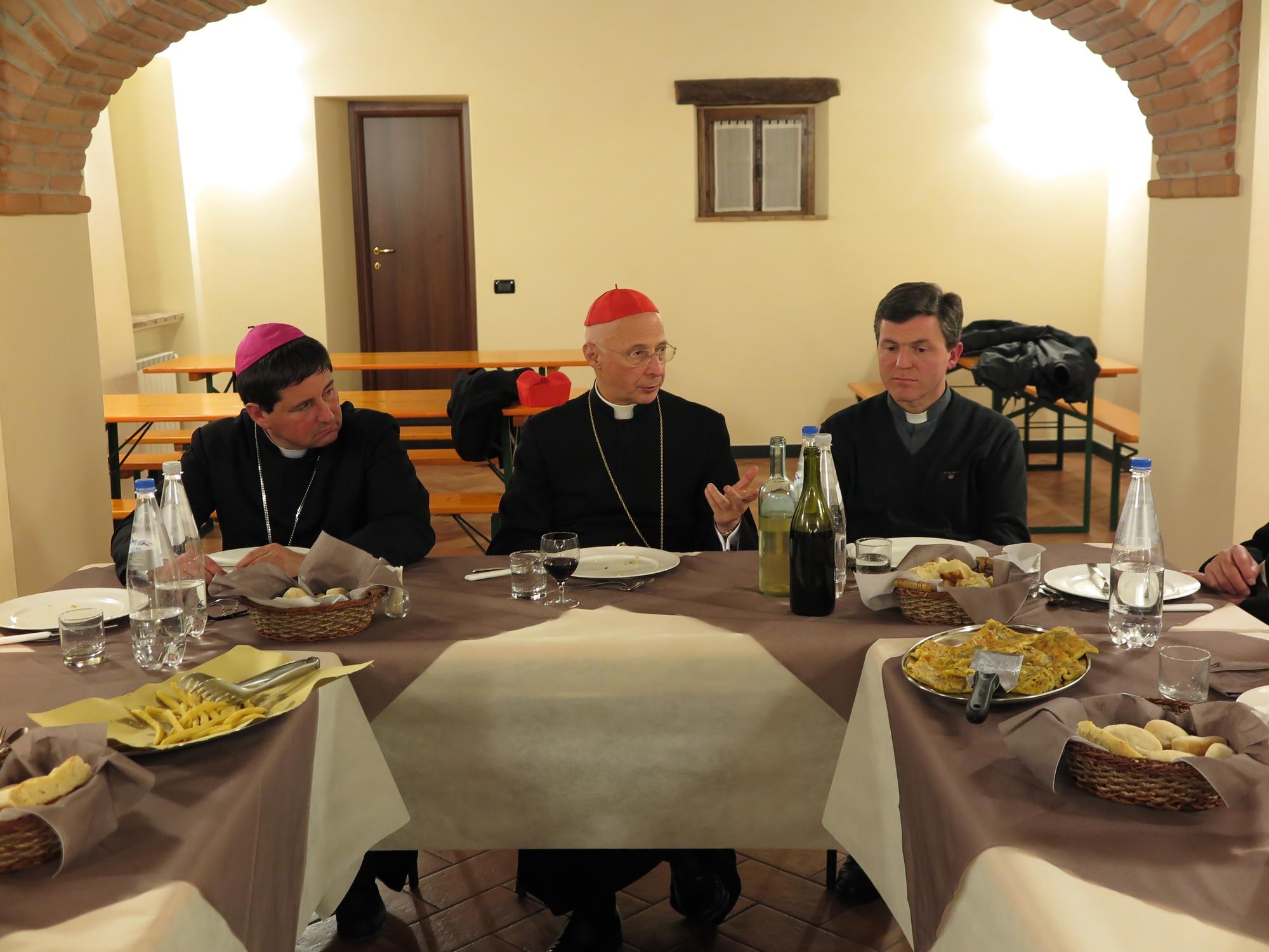 cena-classe-con-cardinale-a-ceranesi-2016-03-17-21-54-50