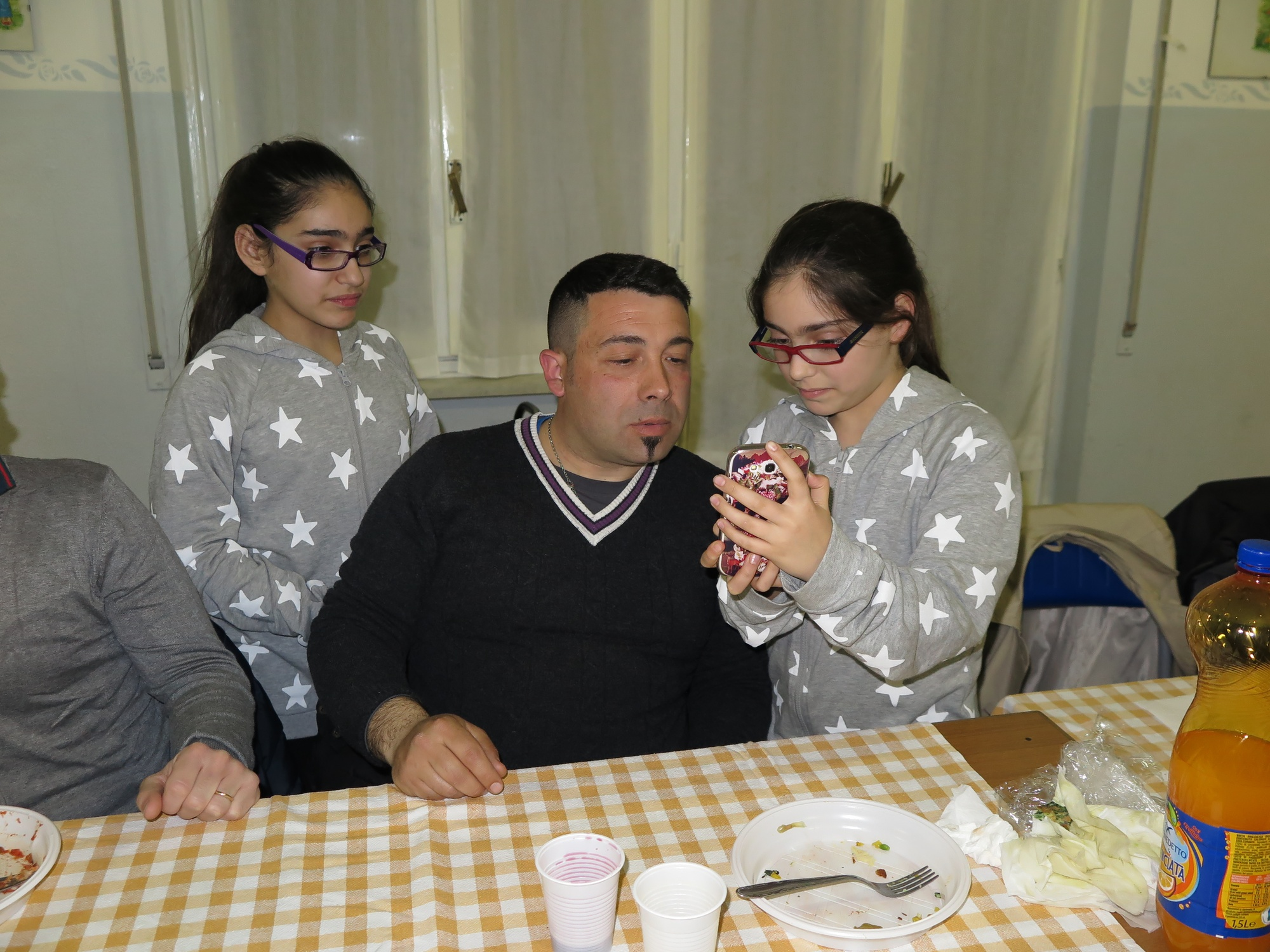 cena-famiglie-prima-comunione-2016-04-09-20-41-50