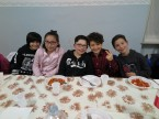 cena-famiglie-prima-comunione-2016-04-09-20-36-25