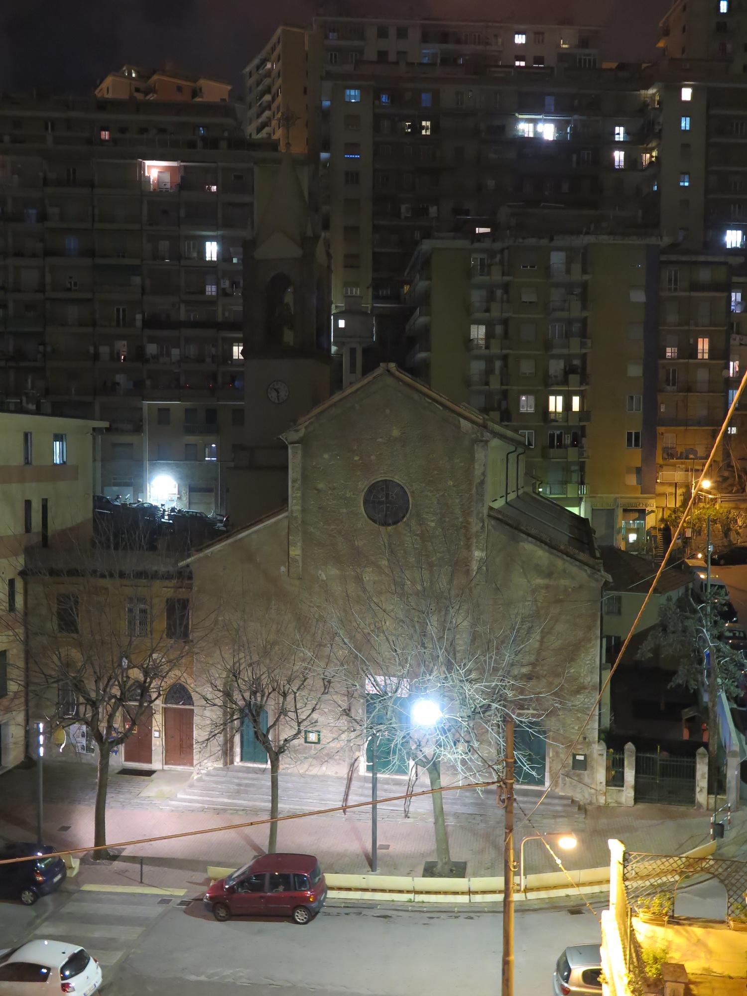 chiesa-esterno-notte-2016-03-07-22-30-04