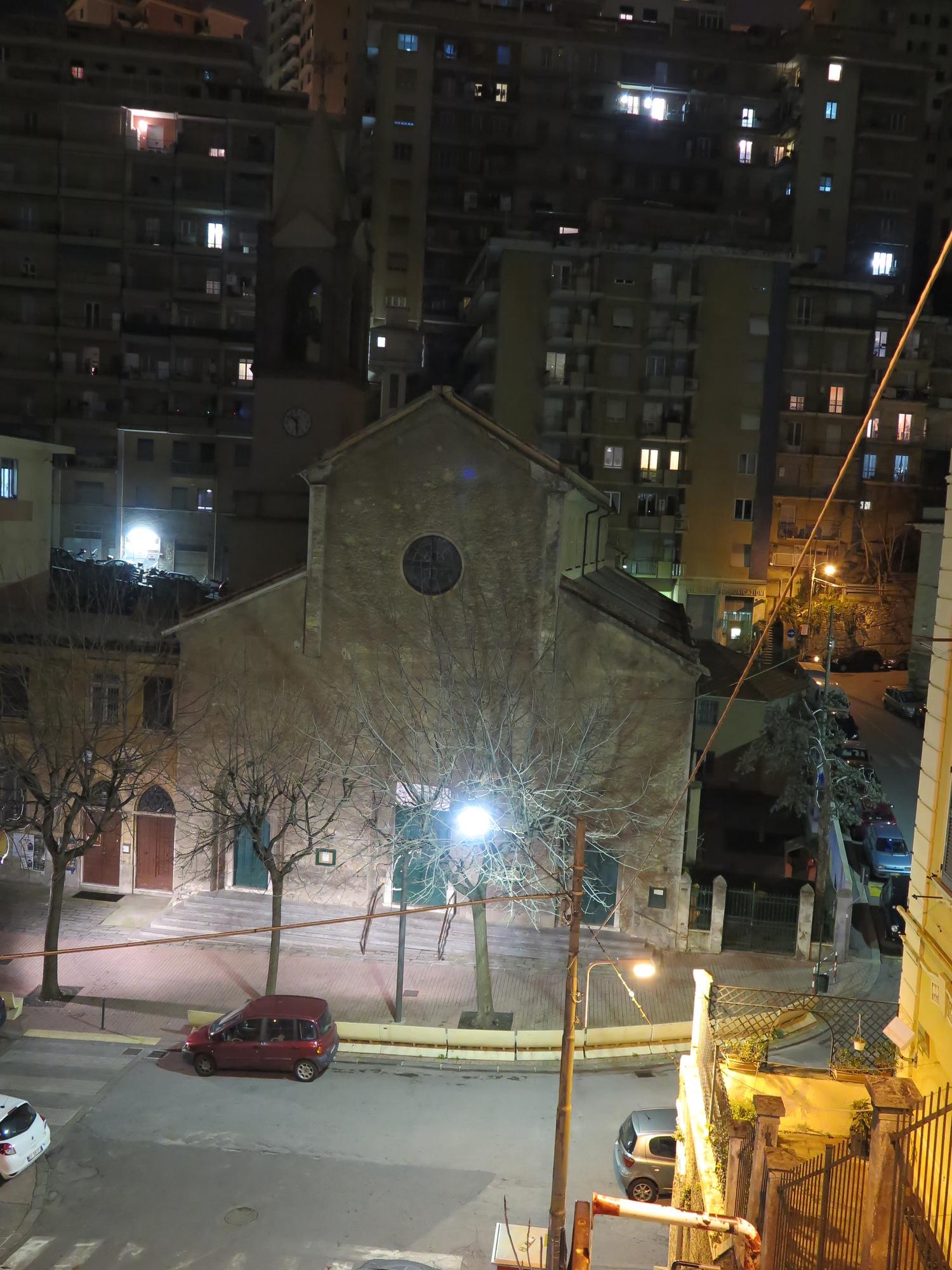 chiesa-esterno-notte-2016-03-07-22-30-27