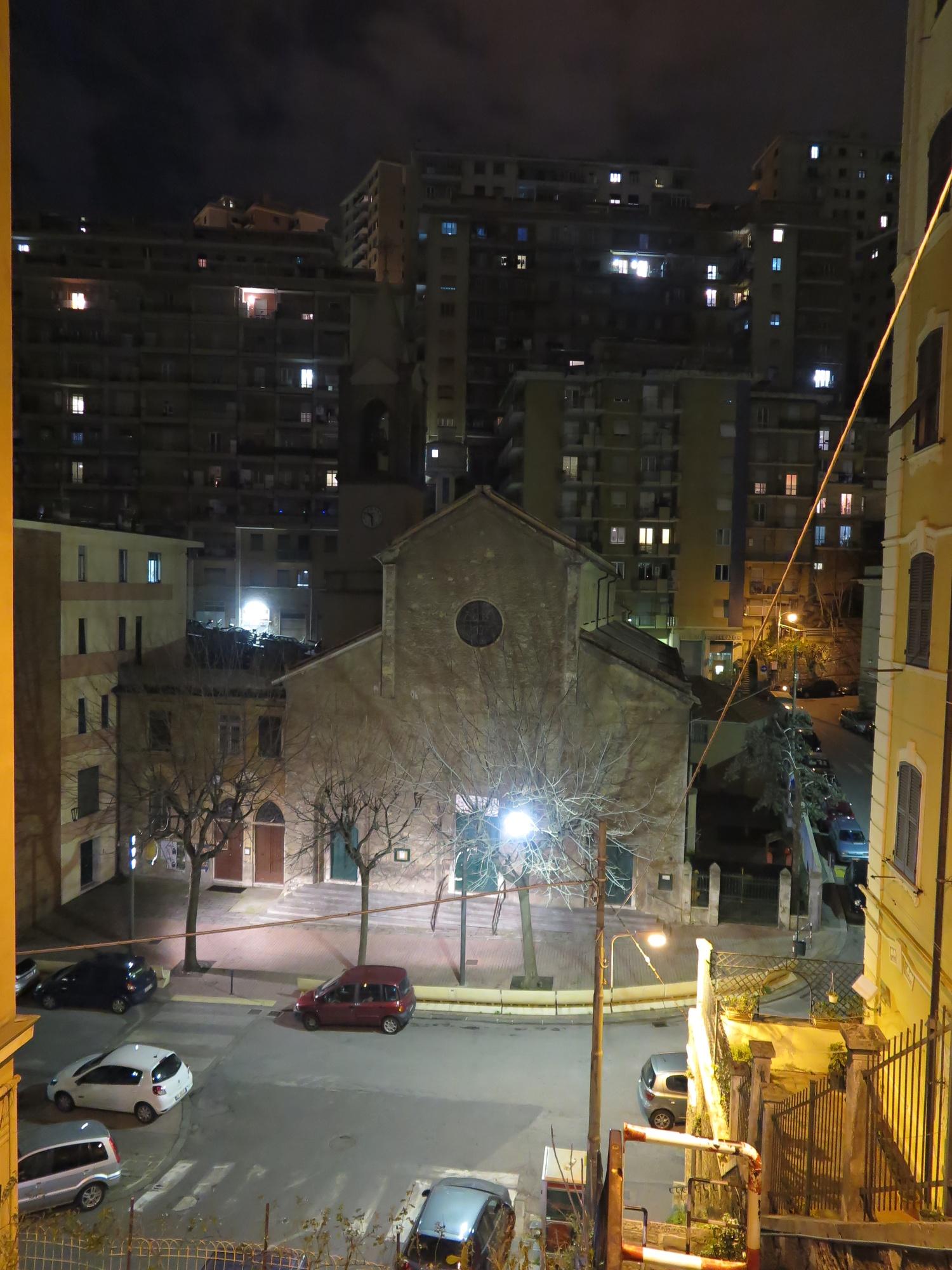 chiesa-esterno-notte-2016-03-07-22-30-46