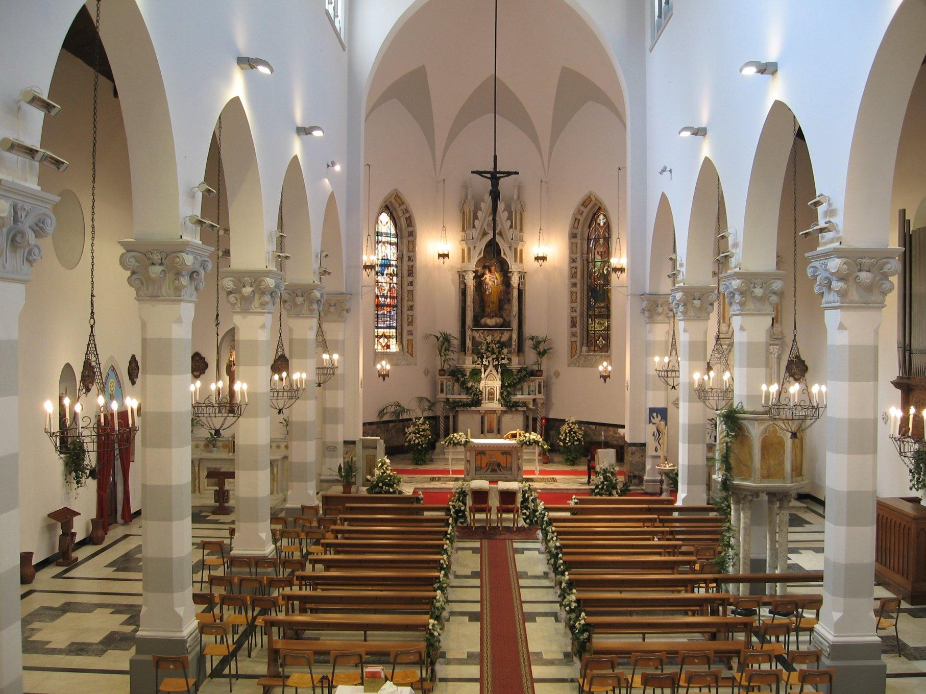 Chiesa_interno-2008-07-26-14.58.57.jpg