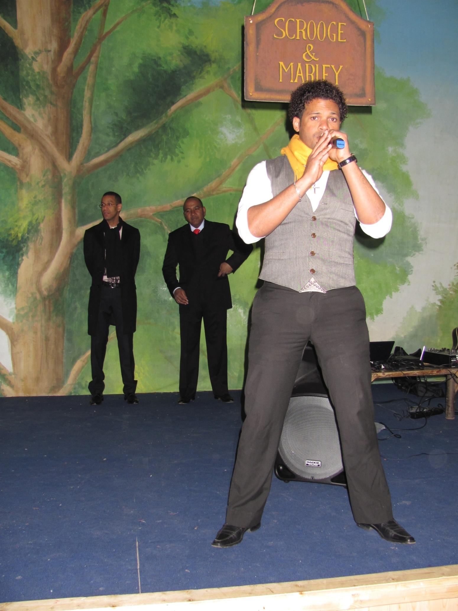 dominicani_2011-02-27-19-02-27