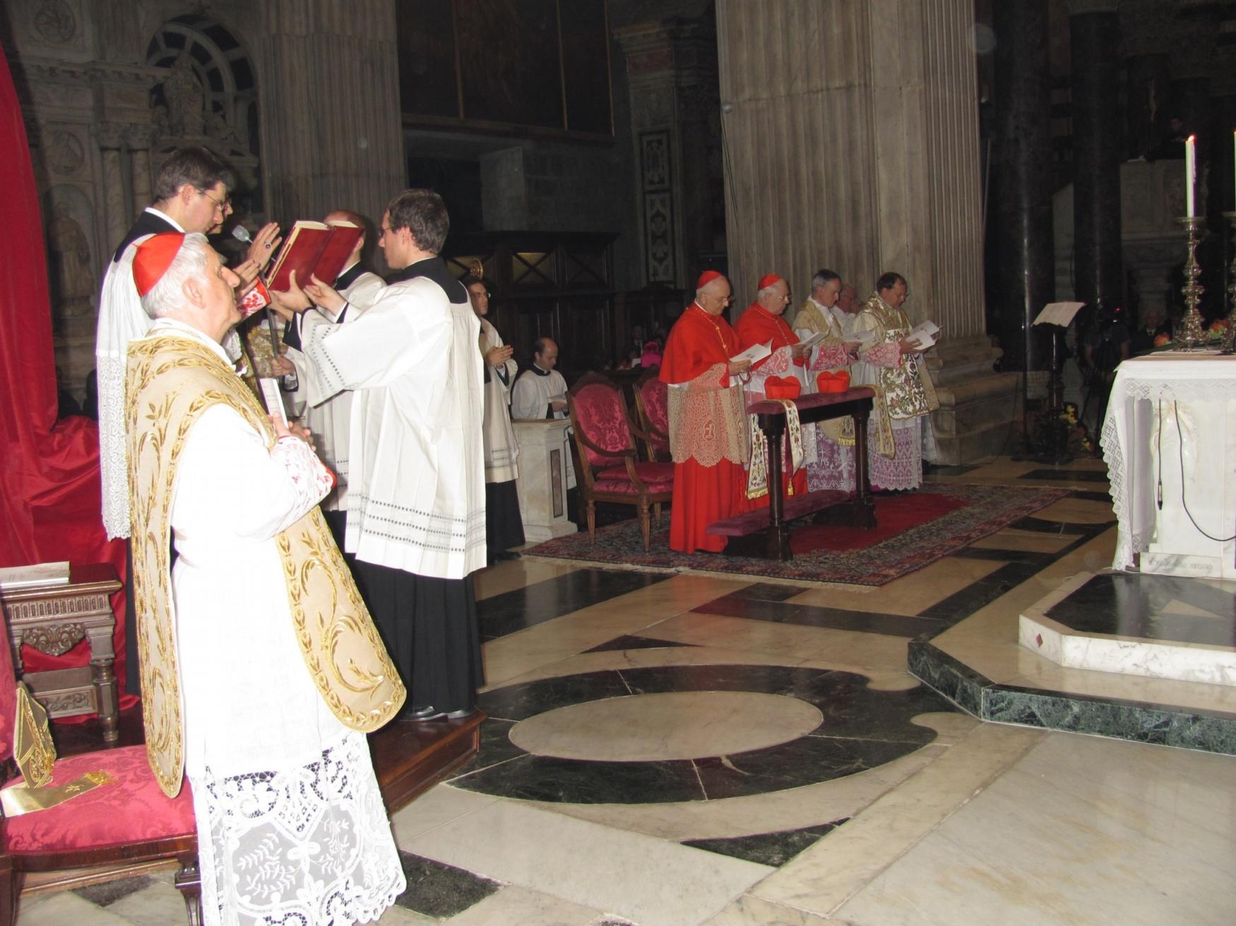ordinazione_episcopale_gallese_2012-11-11-15-48-08