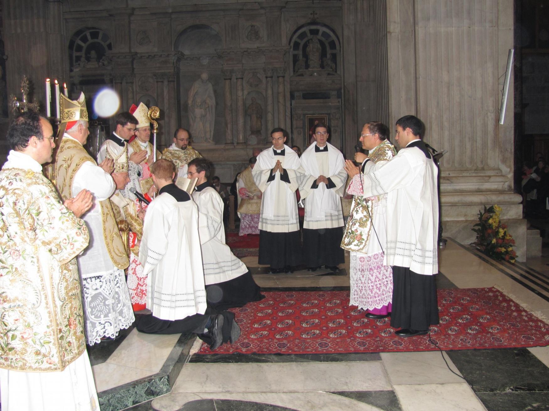 ordinazione_episcopale_gallese_2012-11-11-16-24-32