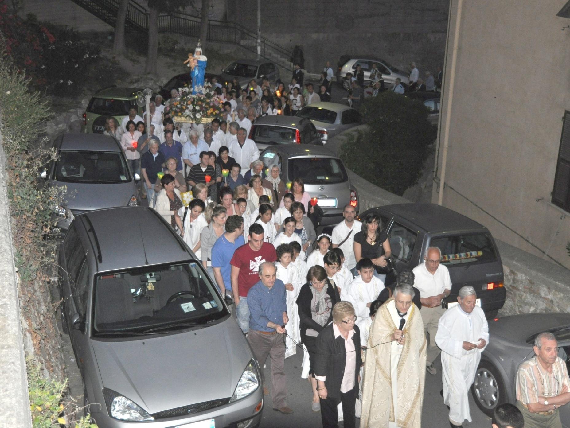 processione_madonna-2011-05-29-21-12-16