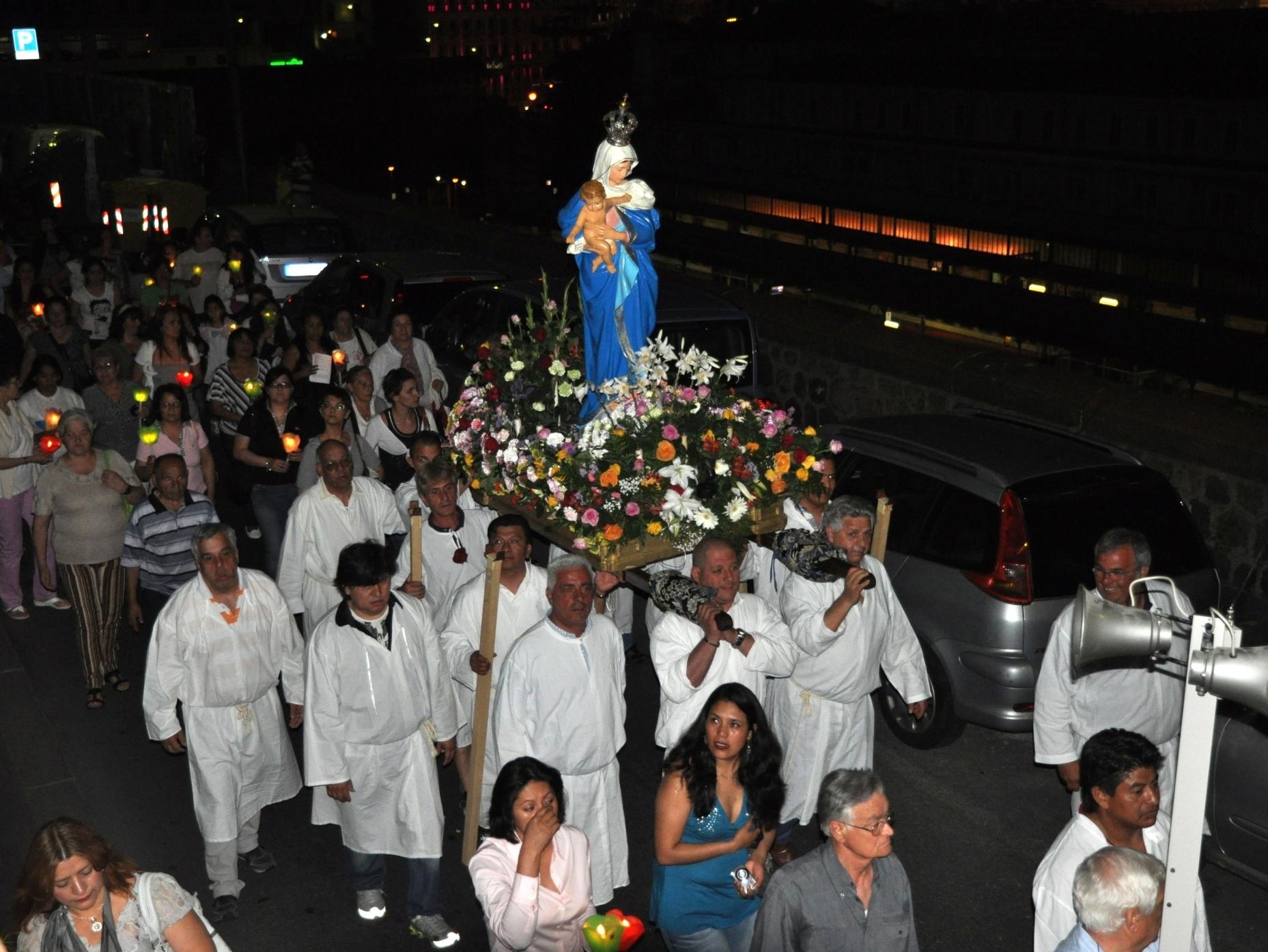 processione_madonna-2011-05-29-21-34-42