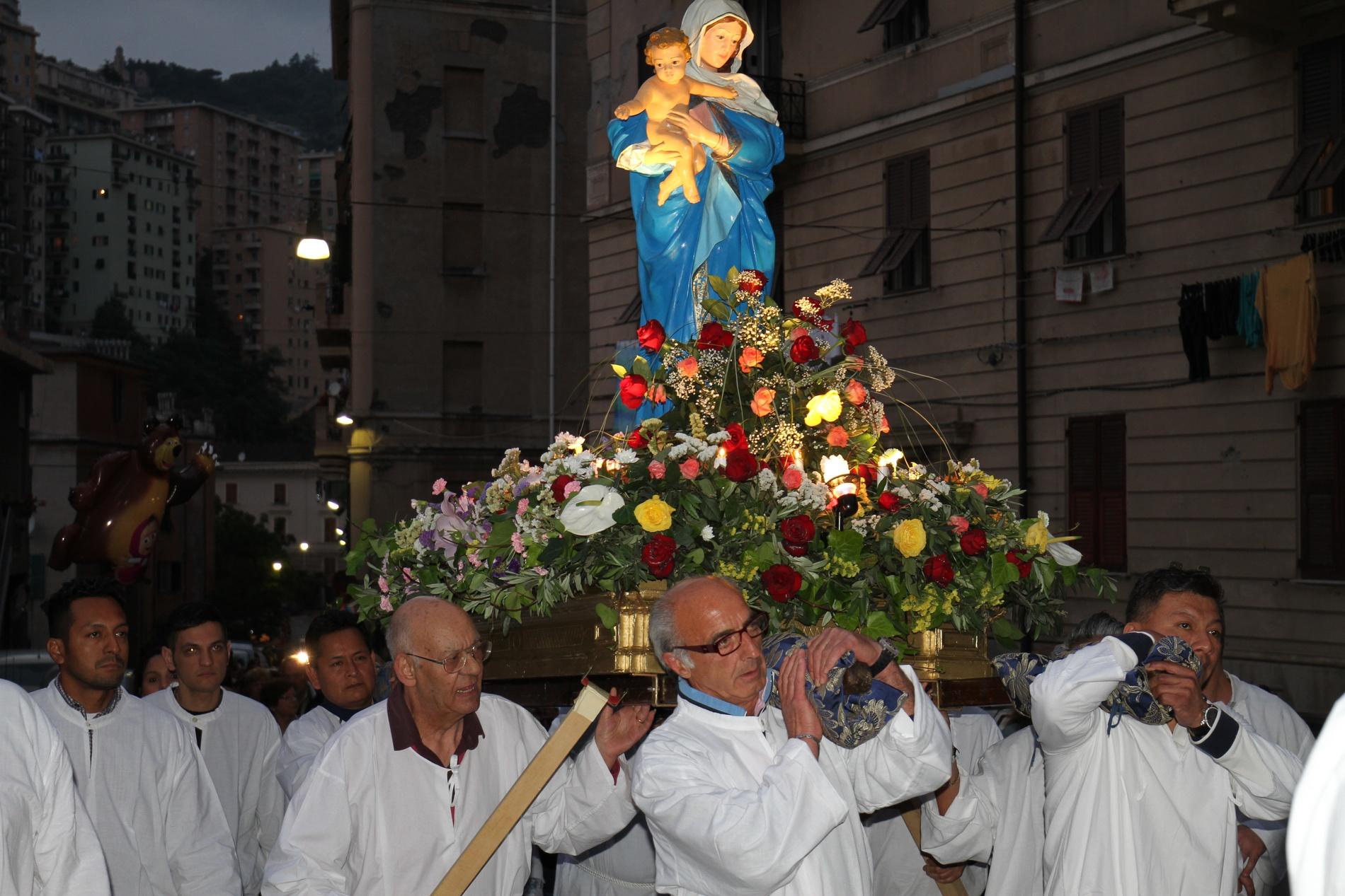processione-madonna-2015-05-31-21-07-04