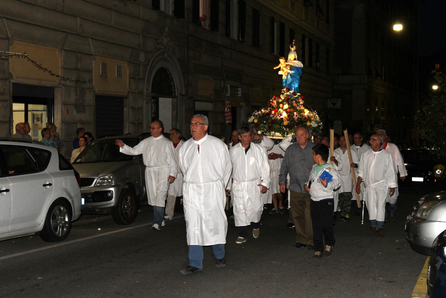 processione-madonna-2015-05-31-21-35-16