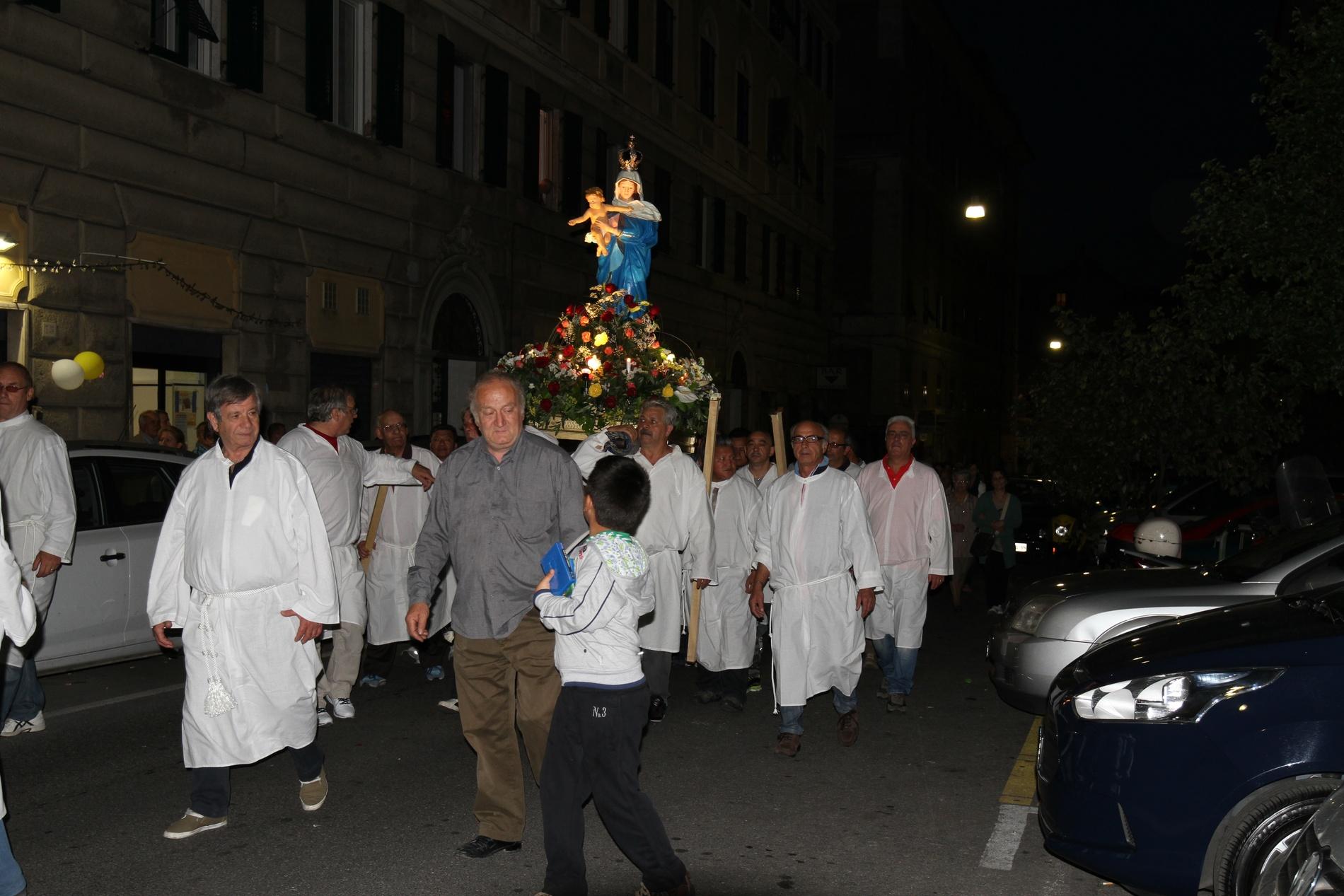 processione-madonna-2015-05-31-21-35-22