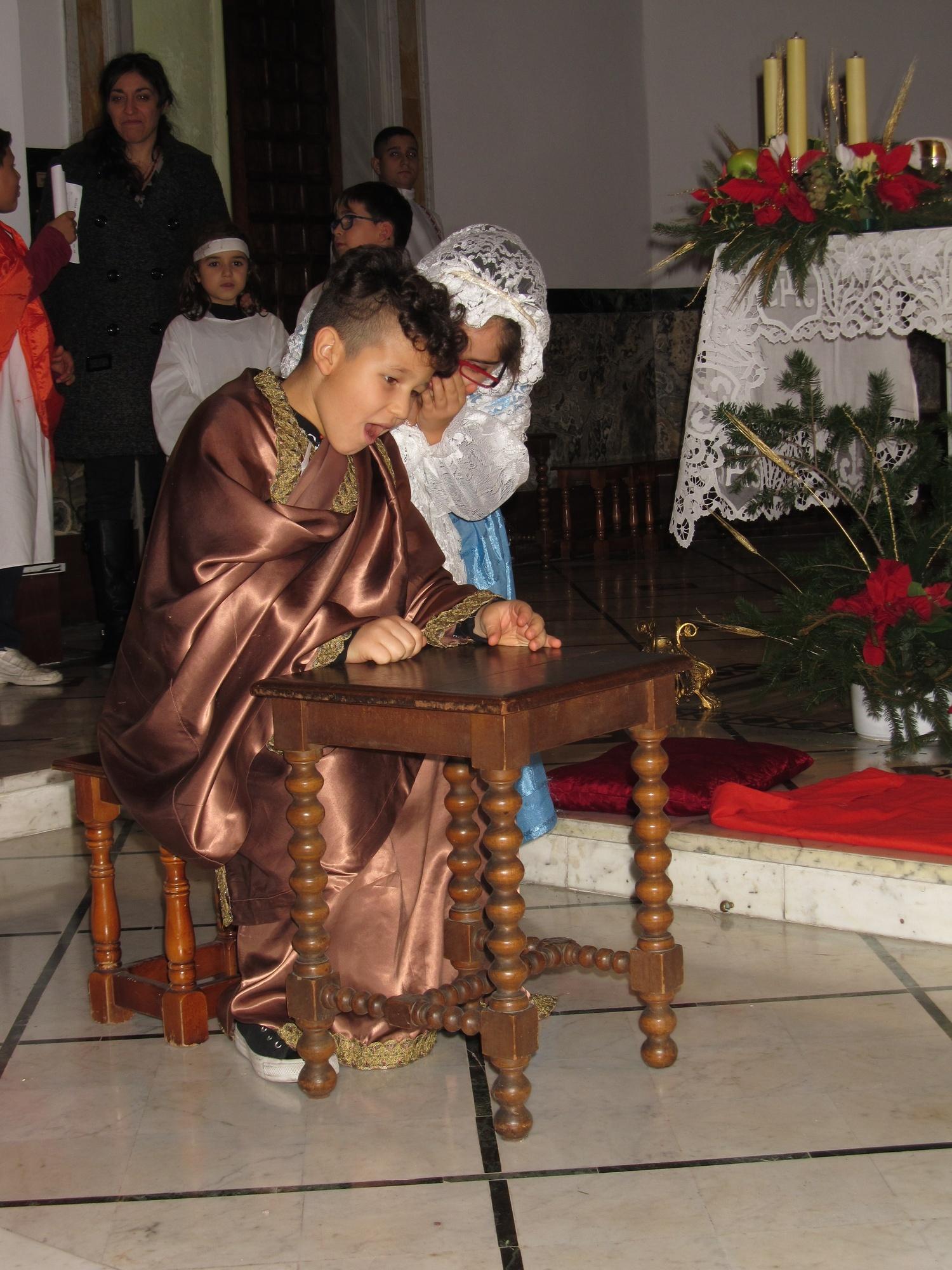 recita-catechismo-natale-mezzanotte-2015-12-25-00-06-31