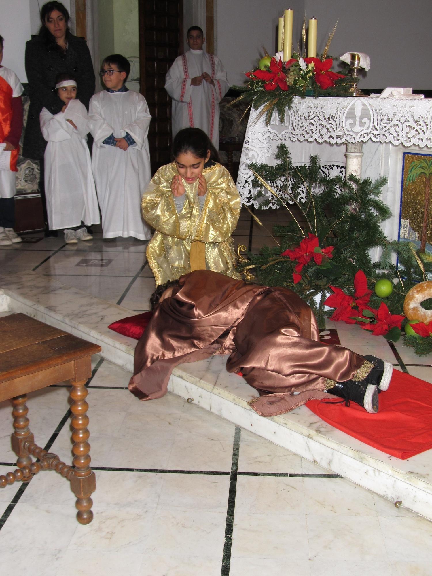 recita-catechismo-natale-mezzanotte-2015-12-25-00-06-58