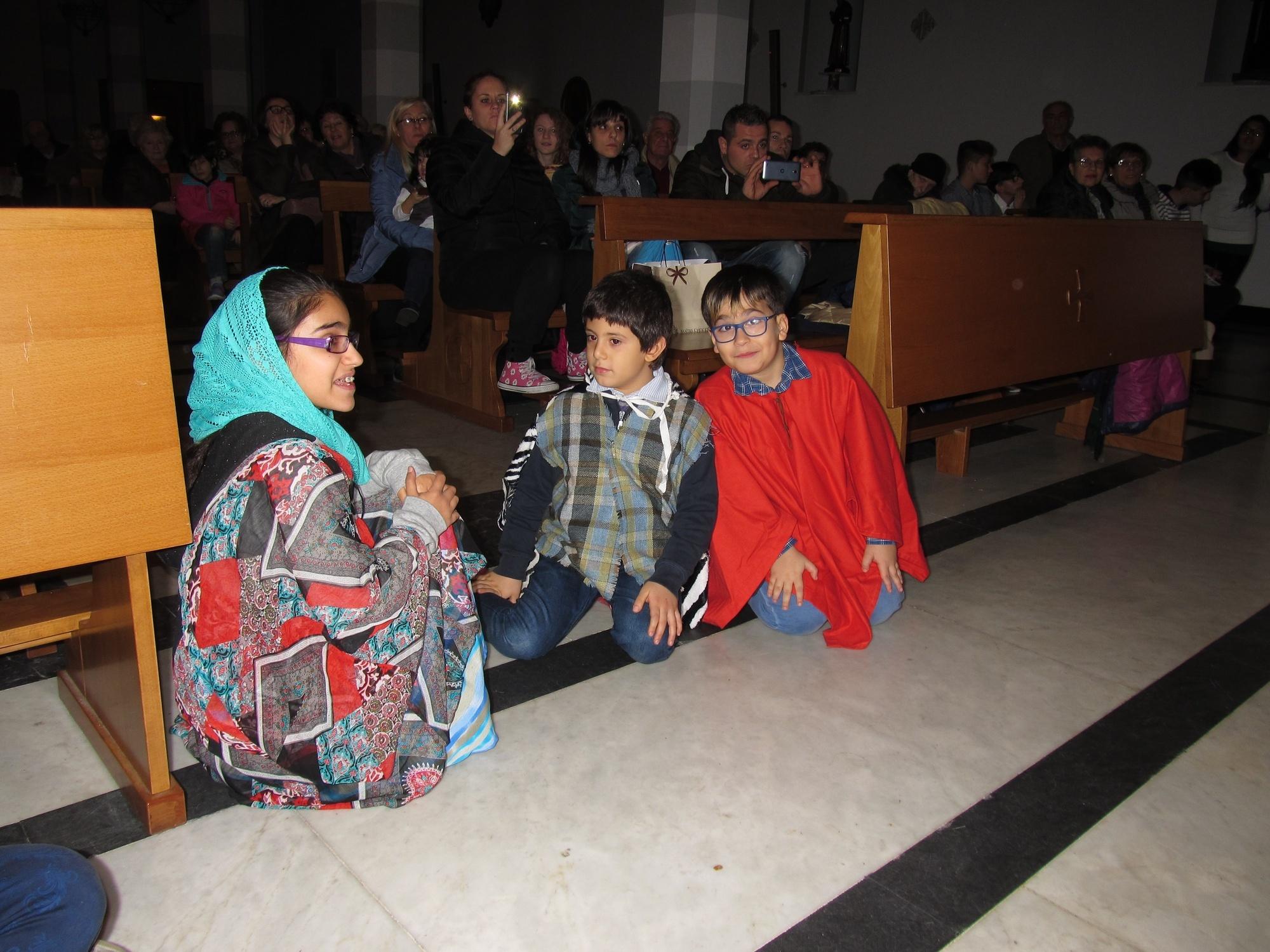 recita-catechismo-natale-vigilia-2015-12-24-17-31-53
