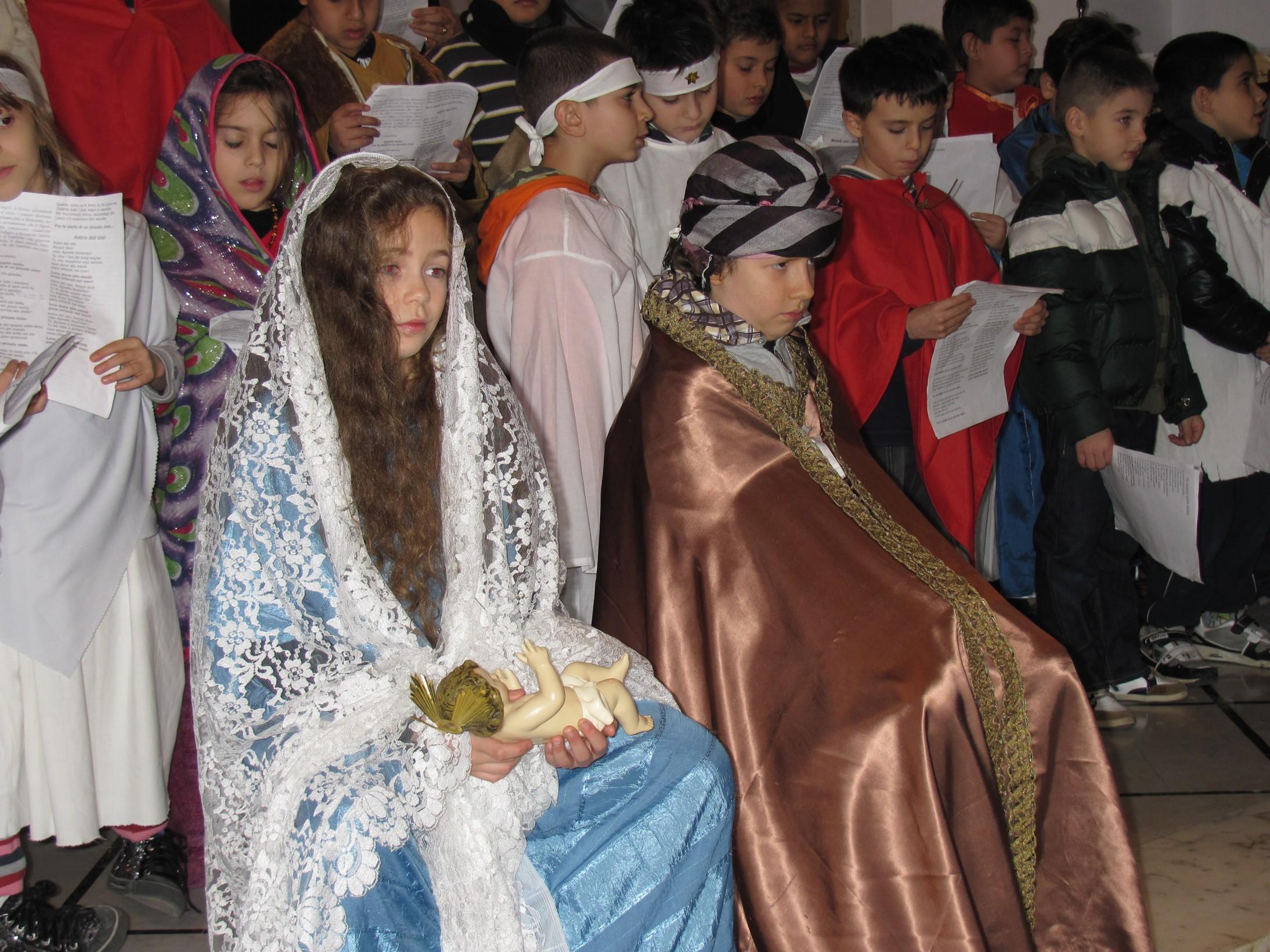 spettacolo_natale_2011-12-24-17-44-08