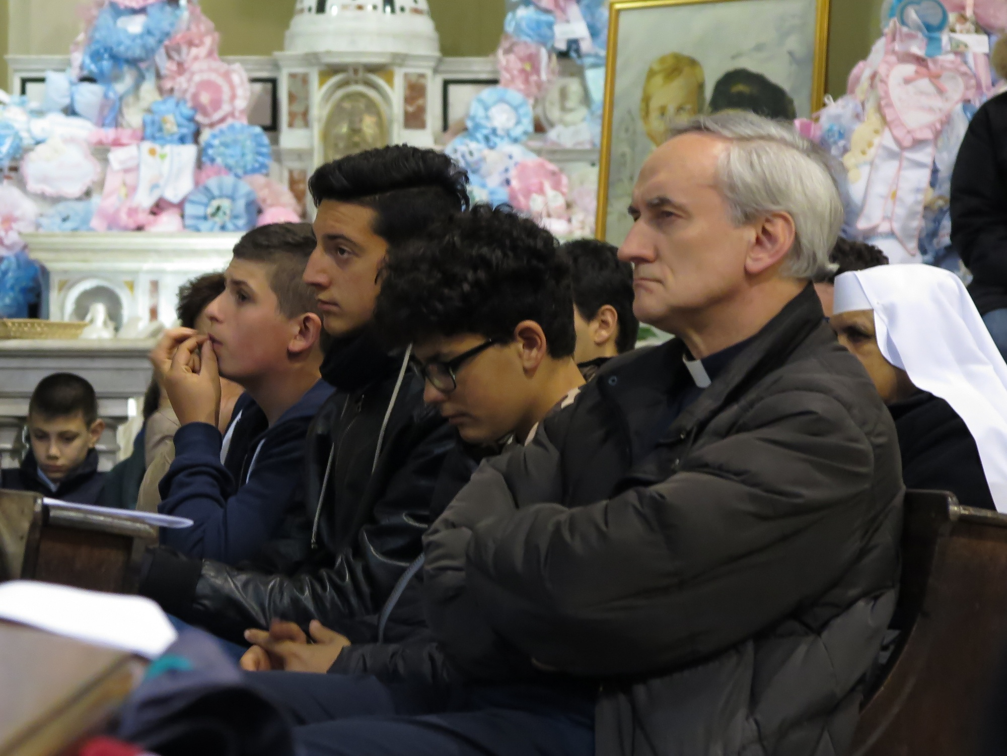 guardia-giovani-pentecoste-2016-05-14-21-35-22