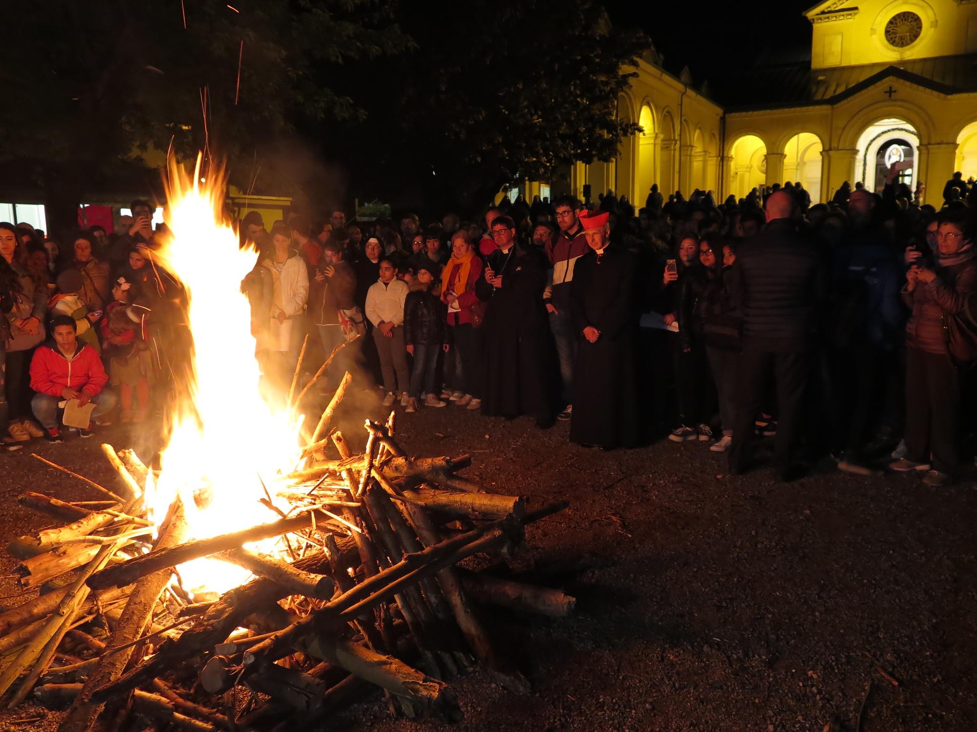 guardia-giovani-pentecoste-2016-05-14-22-28-22