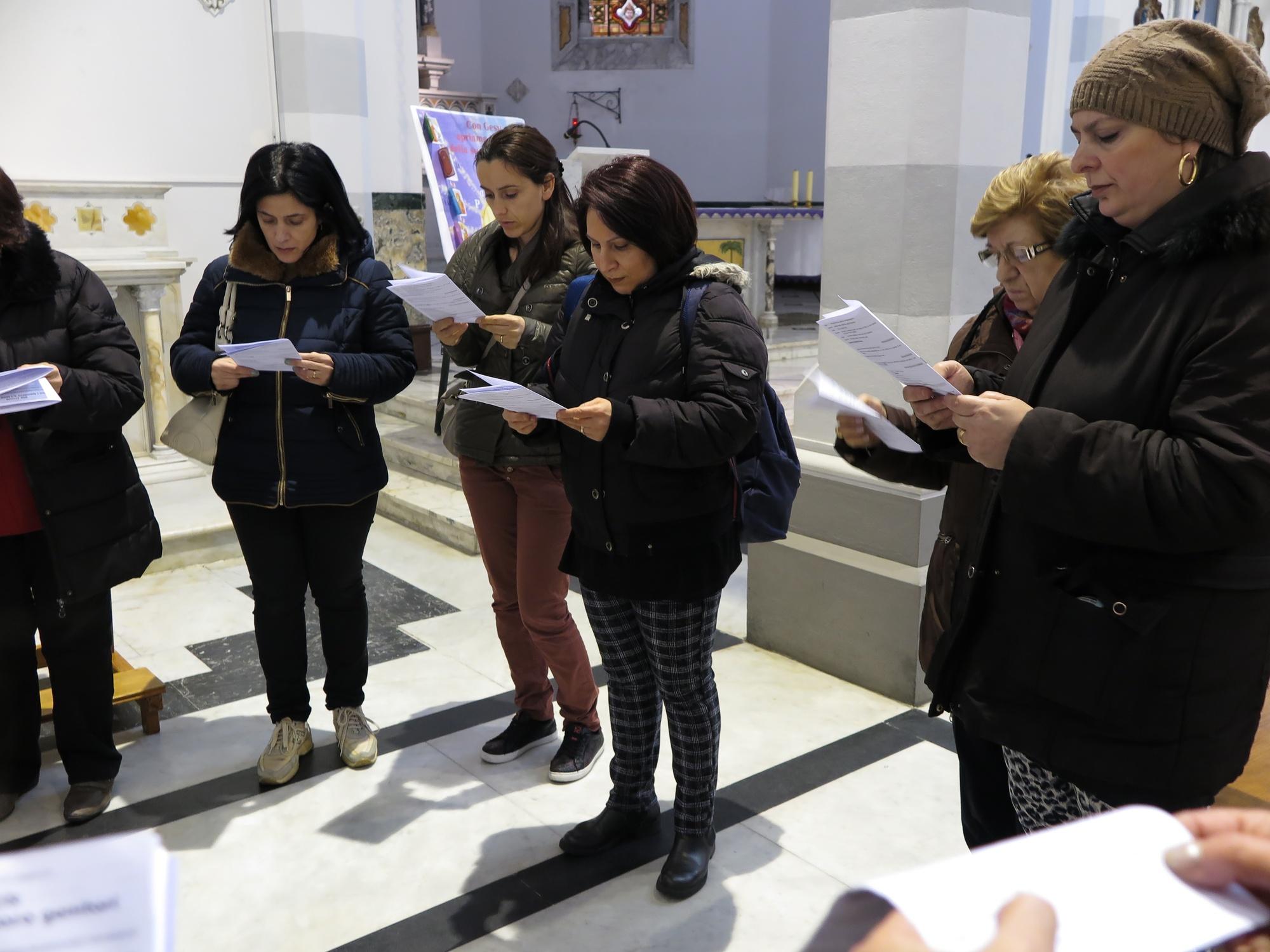 via-crucis-catechismo-2016-03-15-17-04-37