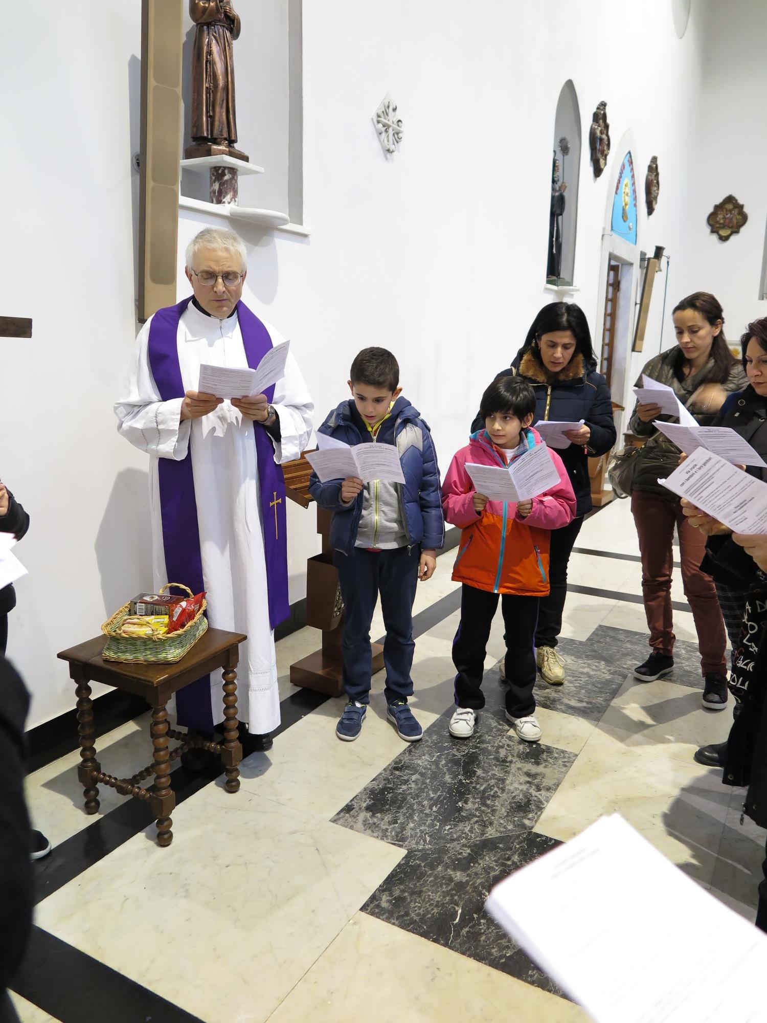 via-crucis-catechismo-2016-03-15-17-07-56