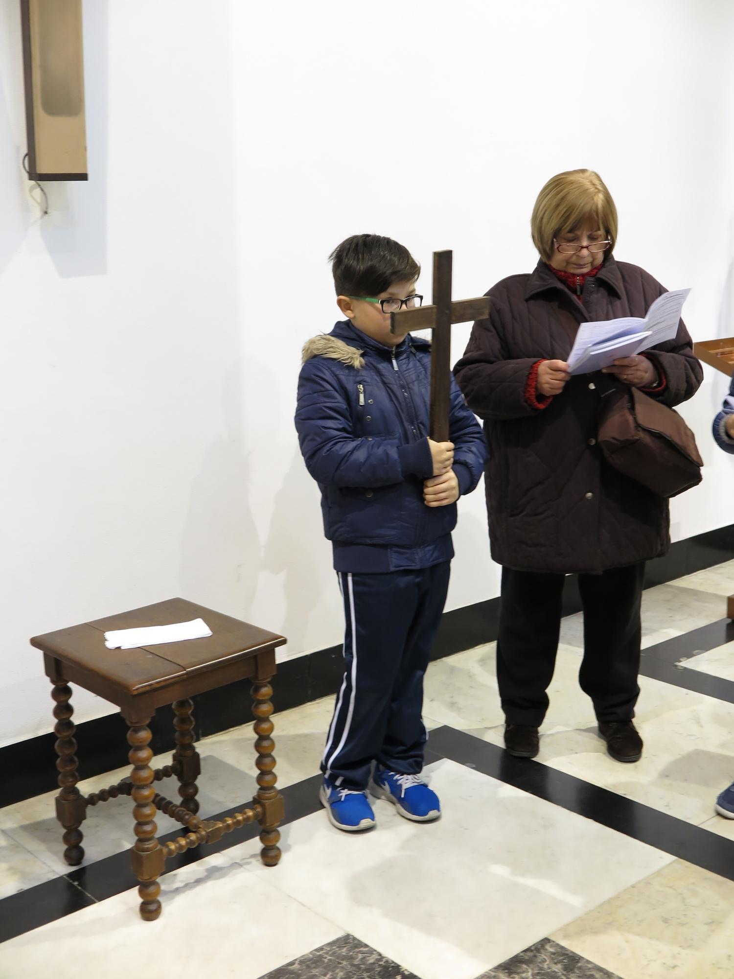via-crucis-catechismo-2016-03-15-17-09-38