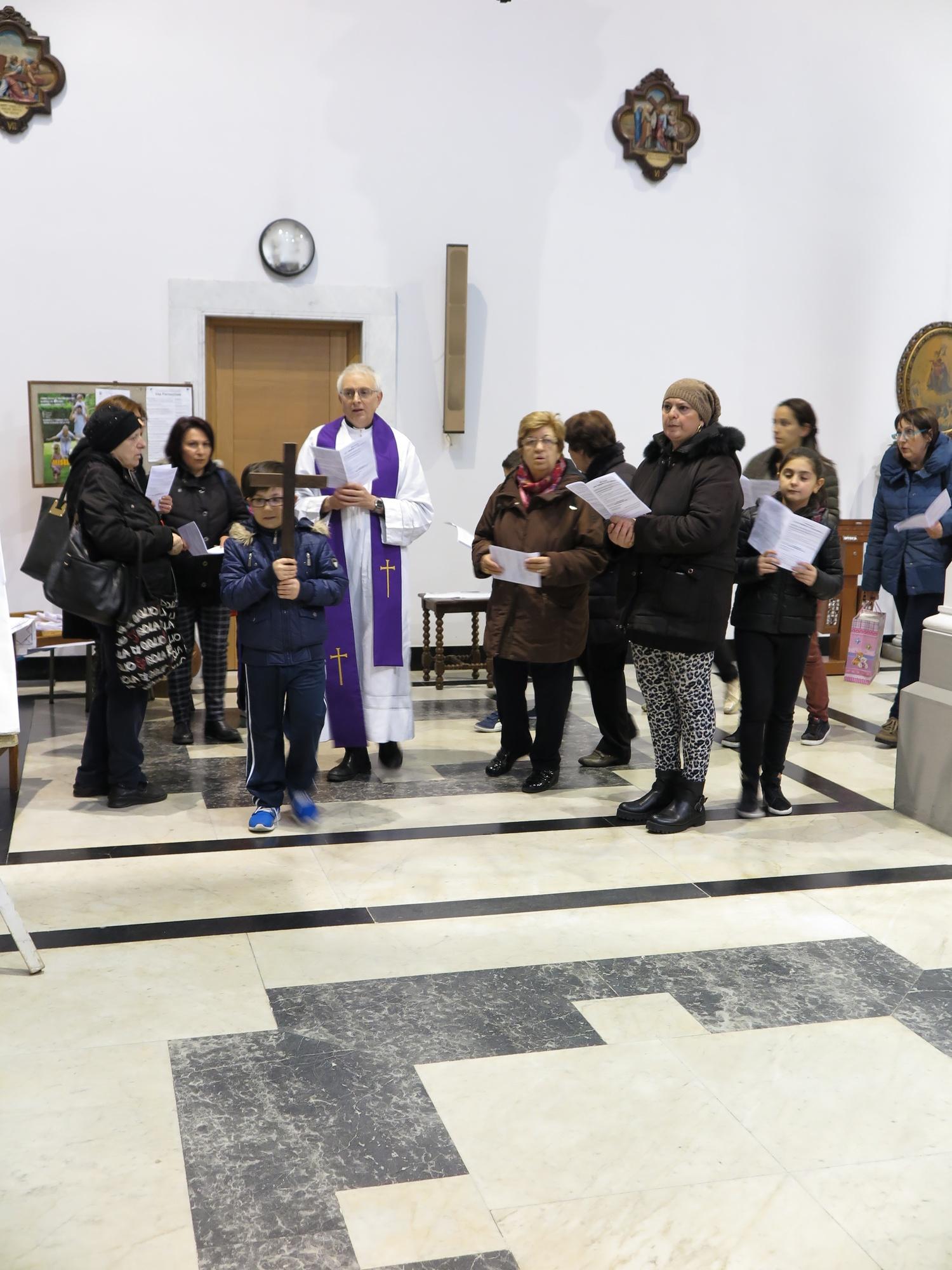 via-crucis-catechismo-2016-03-15-17-11-27