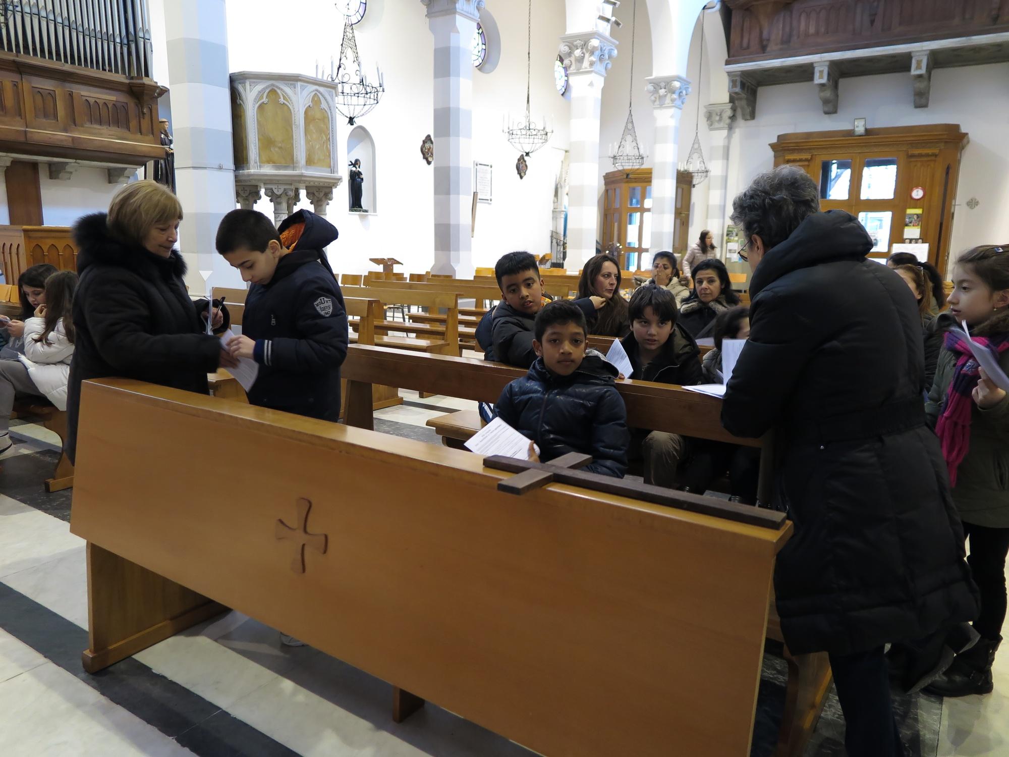 via-crucis-catechismo-2016-03-17-17-01-19