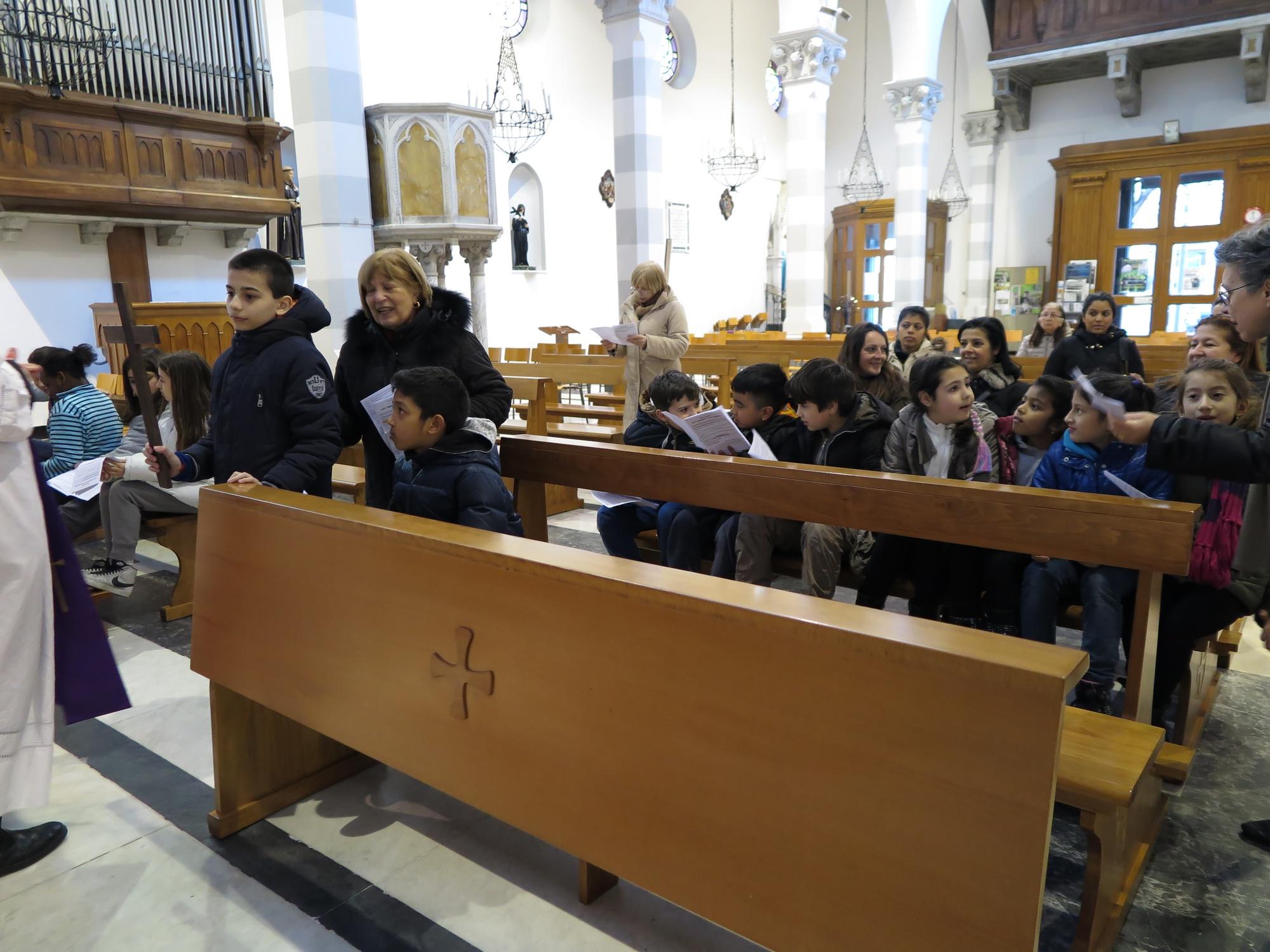 via-crucis-catechismo-2016-03-17-17-01-52