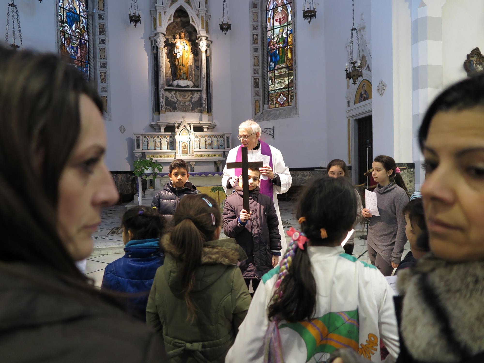 via-crucis-catechismo-2016-03-17-17-03-35
