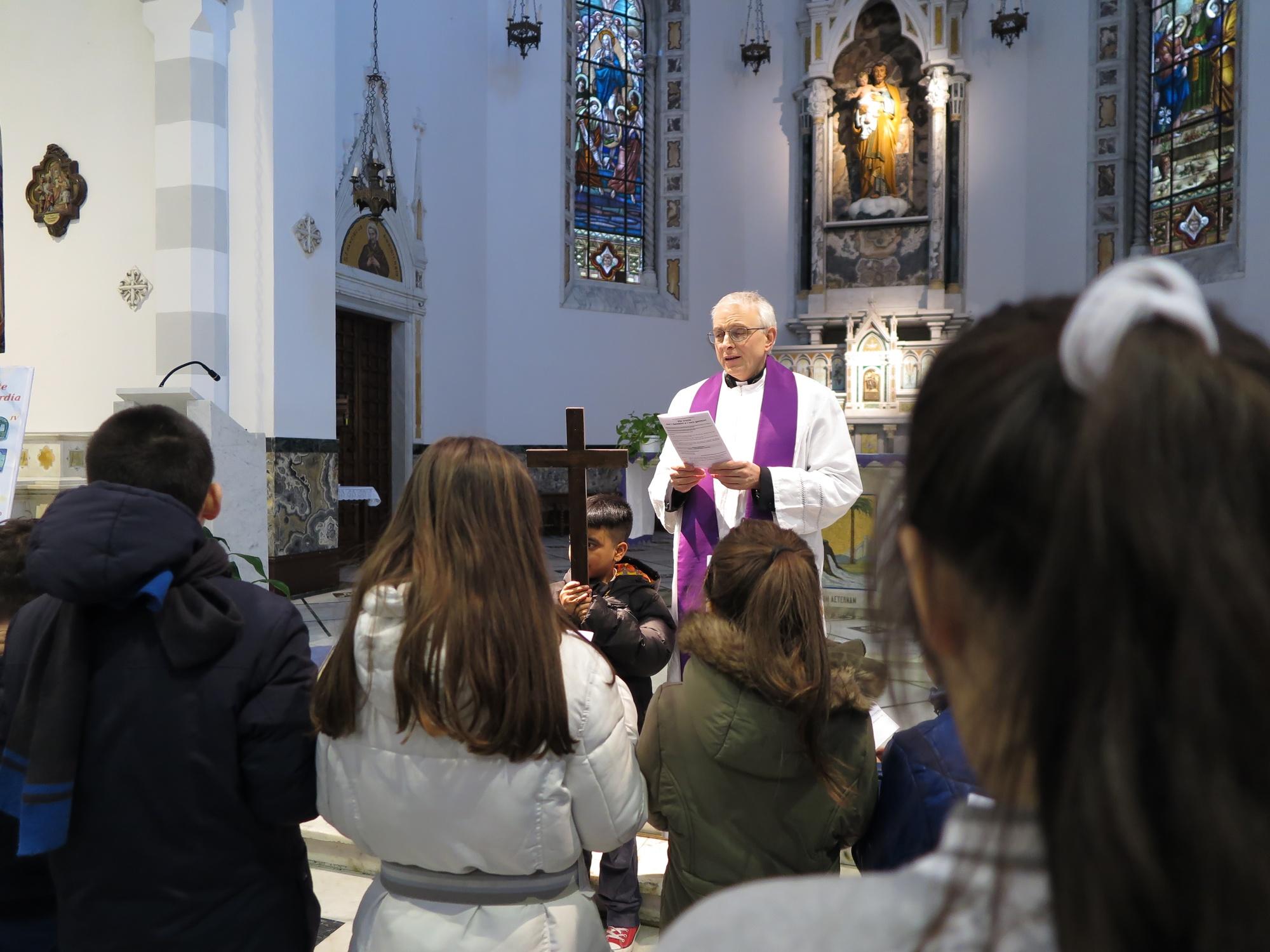 via-crucis-catechismo-2016-03-17-17-23-04