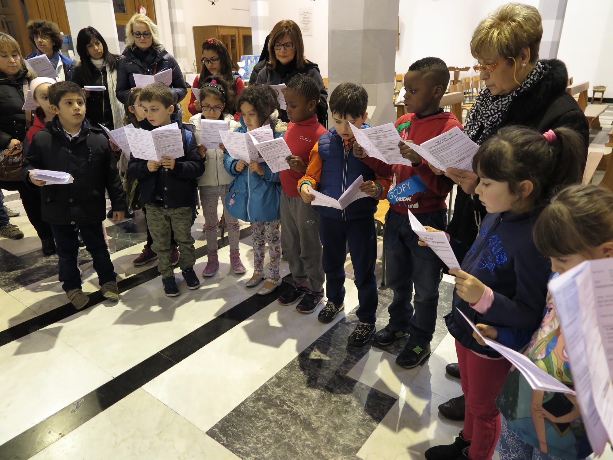 via-crucis-catechismo-2016-03-18-17-17-19