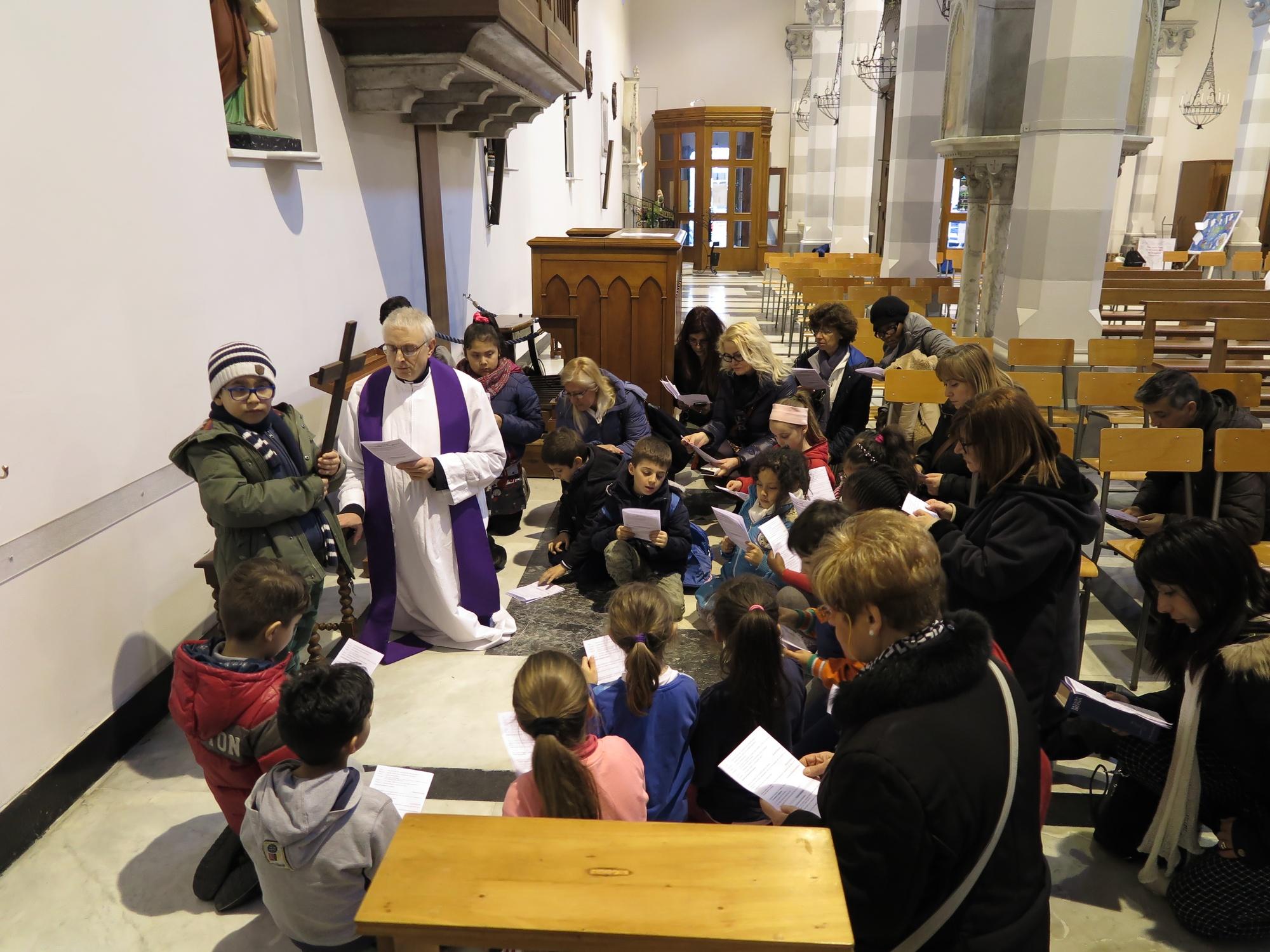via-crucis-catechismo-2016-03-18-17-20-11