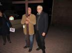 via_crucis_nel_quartiere_2014-04-11-19-54-56
