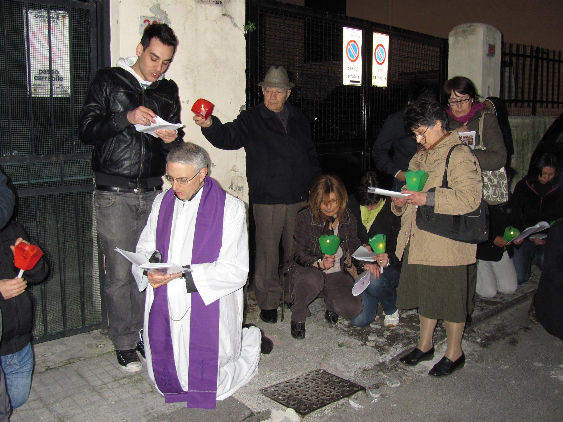 via_crucis-2011-04-15-21-34-16