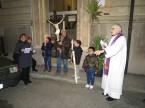via-crucis-parrocchiale-2016-03-18-21-16-43